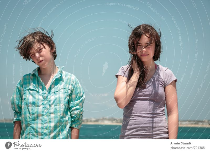 Waiting in the wind Lifestyle Summer vacation Human being Masculine Feminine Youth (Young adults) 2 8 - 13 years Child Infancy 13 - 18 years Landscape