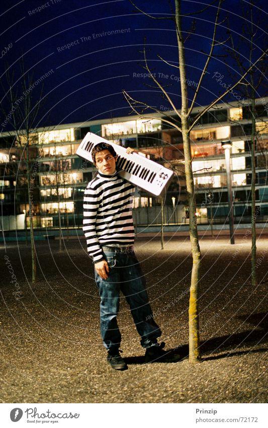 CL-Audio2 Acrobat Music cd cover night chill singer alain hofer