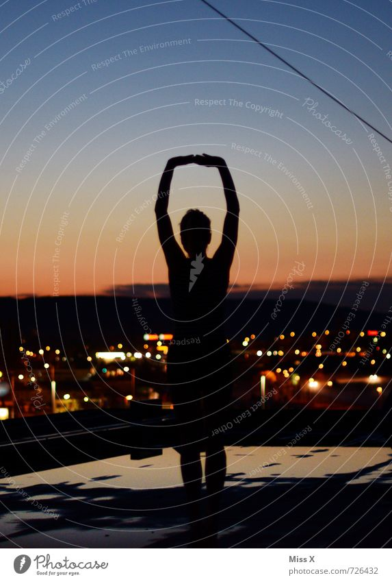 Heroine of the night Beautiful Athletic Fitness Yoga Human being Feminine Young woman Youth (Young adults) 1 13 - 18 years Child Cloudless sky Town Skyline