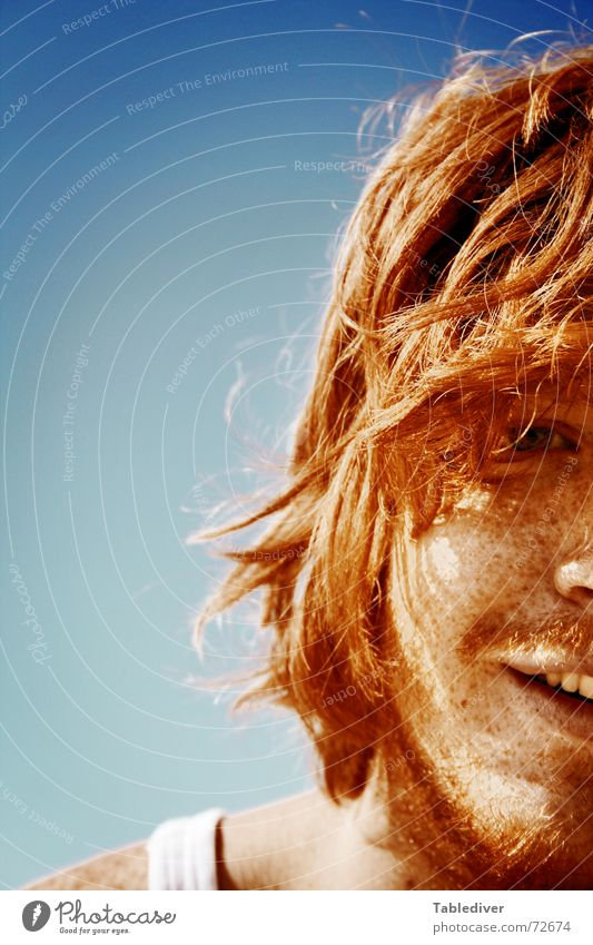 Man Sun Summer Beach Laughter Hair and hairstyles Brown Facial hair Grinning Sunbathing Freckles Red-haired Strand of hair Face Felt Undershirt