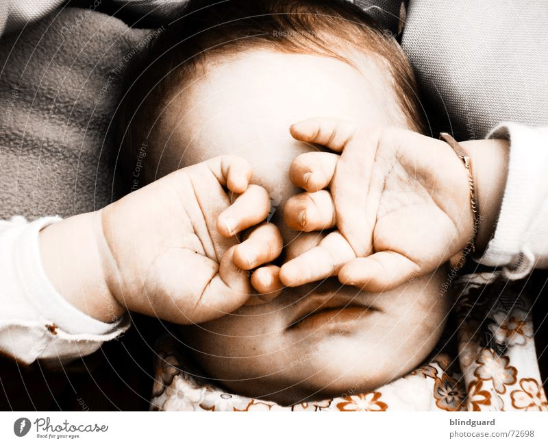 Child Hand Joy Face Eyes Life Emotions Hair and hairstyles Think Dream Baby Glittering Large Mouth Fingers Sleep