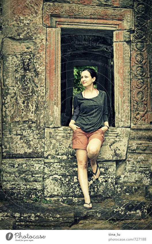 Angkor Feminine Young woman Youth (Young adults) Woman Adults 1 Human being 18 - 30 years Angkor Thom Palace Ruin Temple Tourist Attraction Black-haired