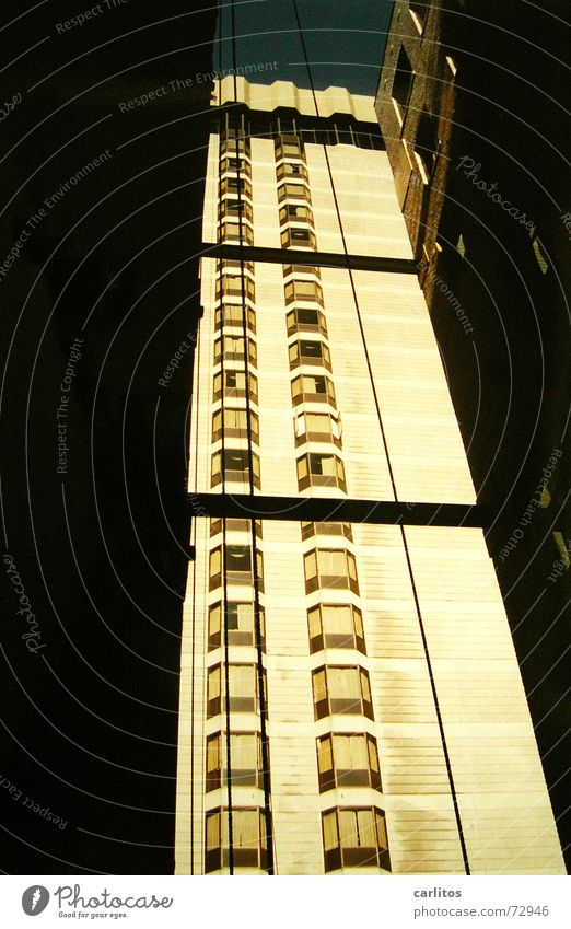 If you're going to San Francisco California Worm's-eye view Backyard High-rise Light and shadow USA Union Square westin st. francis