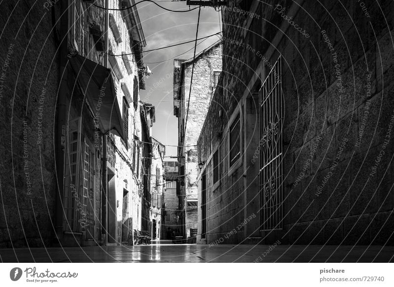 Alley in Split Town Downtown Old town Deserted House (Residential Structure) Dark Croatia Black & white photo Exterior shot Light Shadow