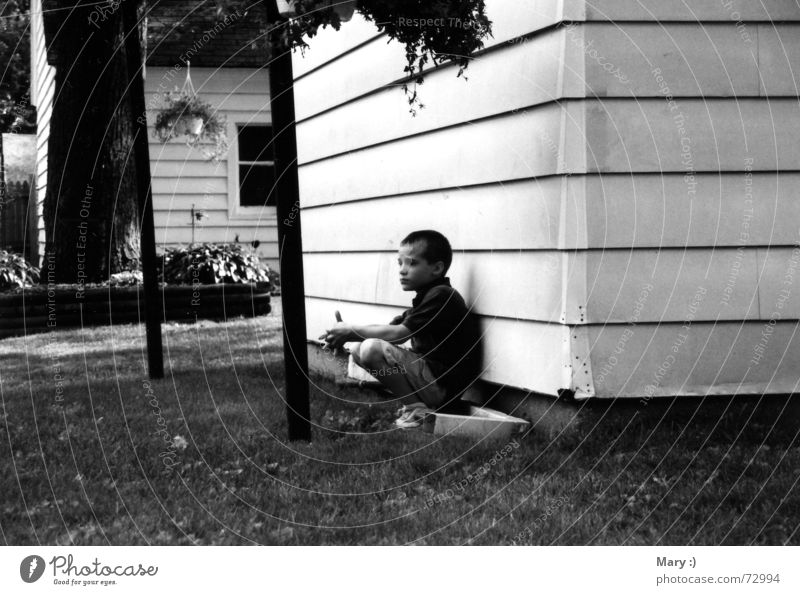 The Lonesome Child Think Loneliness Grief Boy (child) Black & white photo Sadness Distress