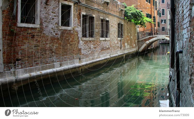 Water Old Calm House (Residential Structure) Window Architecture Wall (barrier) Bridge Romance Italy Historic Narrow Venice Mediterranean Channel House wall