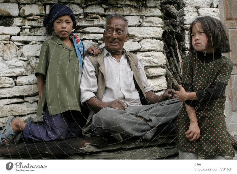 My greatest pride, the grandchildren Nepal Grandfather Senior citizen Grandchildren Child Safety (feeling of) Generation To talk Together Cozy Friendliness