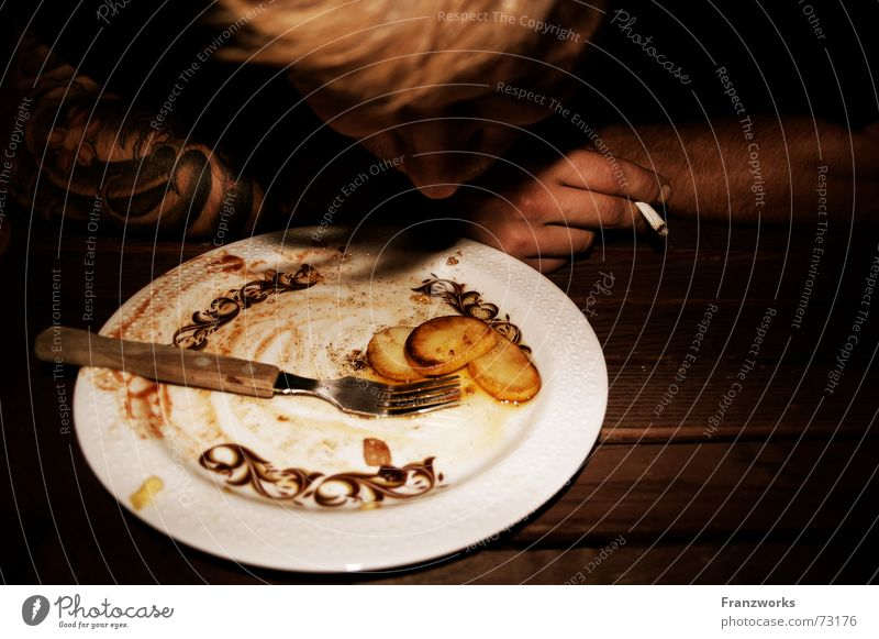 Fried potatoes II Meal Full Fork Plate Cigarette Remainder Man Table Evening Nutrition Potatoes Appetite Guy Eating