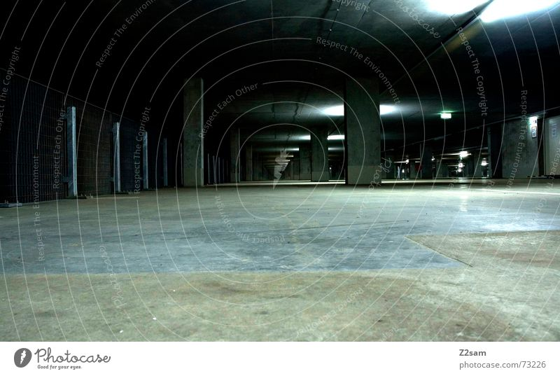 Green Line Metal Glittering Perspective Floor covering Forwards Under Direction Pole Tar Underground garage Tunnel vision