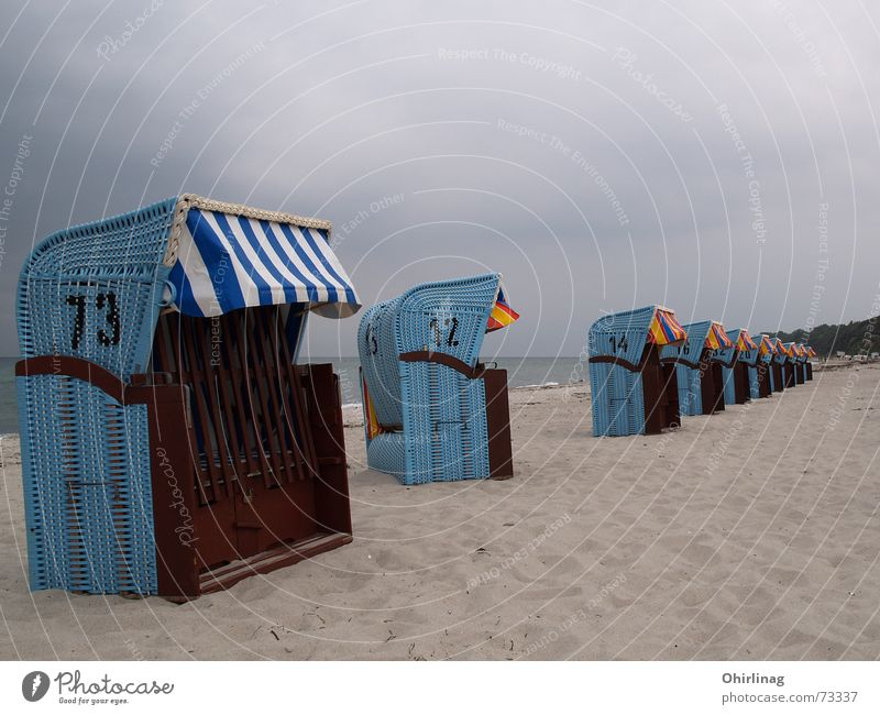 In the event of a bad weather march, one of the following is out of line ... Beach chair Rerik Ocean Vacation & Travel Calm Exterior shot Baltic Sea