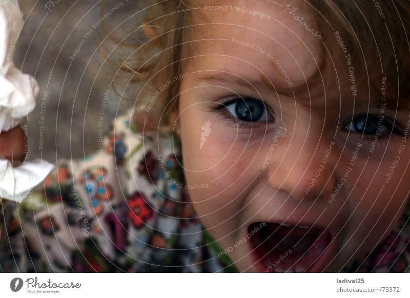 screamer Girl Mouth Curl To talk Catch Going Listening Laughter Scream Looking Playing Argument Cry Small Speed Under Blue Infancy Childhood memory Parenting