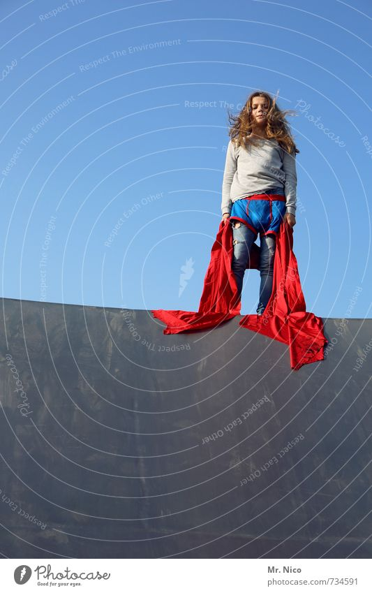 What? Lifestyle Halfpipe Feminine Girl 1 Human being 8 - 13 years Child Infancy Cloudless sky Beautiful weather Manmade structures Building Wall (barrier)