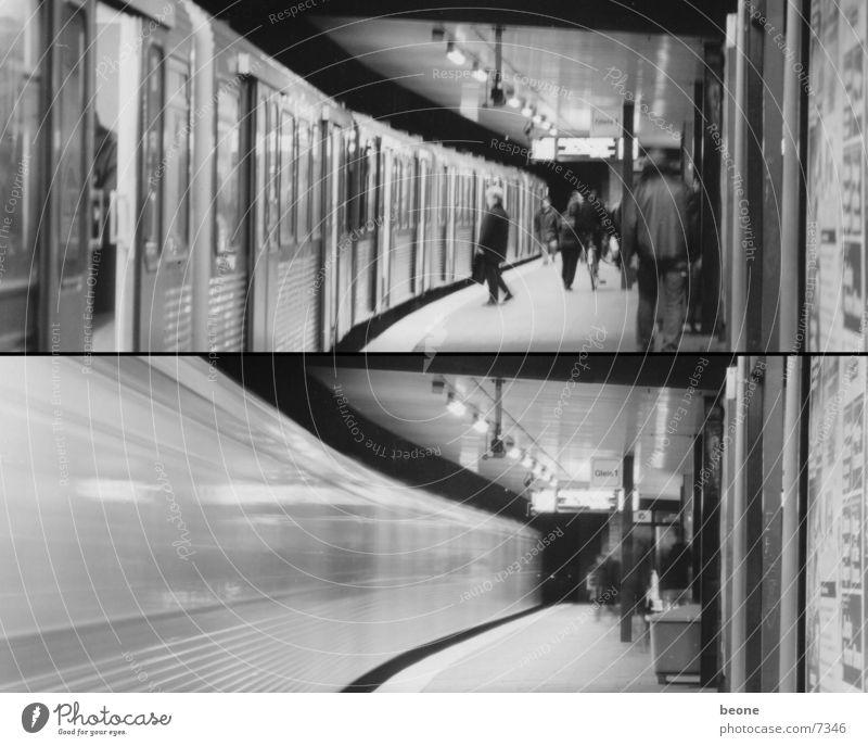 Hamburg>Metro Underground Lomography train movement Town