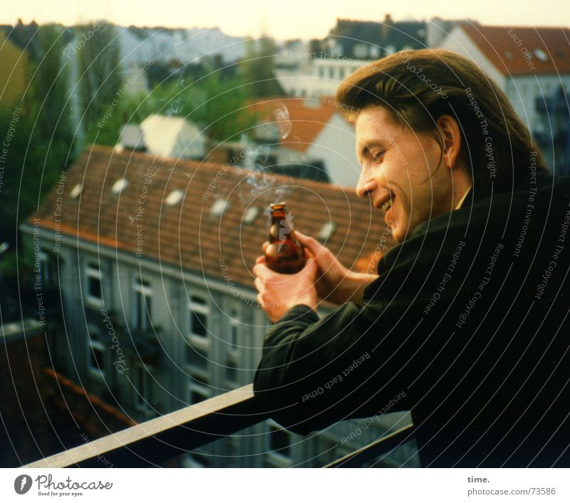 City Beautiful Relaxation Joy Far-off places Happy Laughter Above Contentment Idyll Smiling To enjoy Roof Balcony Closing time Lean