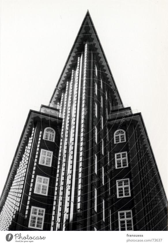 House (Residential Structure) Dark Window Stone Brown Art Architecture Hamburg Roof Point Brick Twenties Expressionist