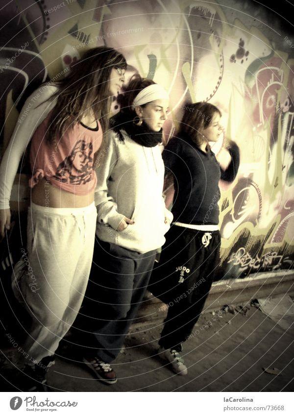 stylaz Wall (building) Hip-hop Oberspree Cable works Dancer model Posture Graffiti styler street dance Warehouse trio Berlin Wall (barrier)
