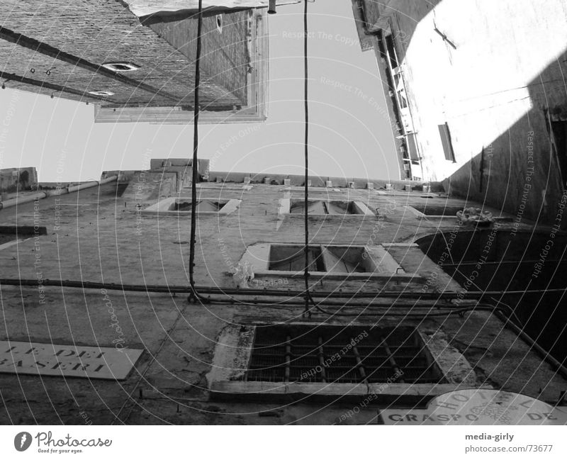 Venice lane Alley Wall (building) Concrete Window Black & white photo Perspective Structures and shapes