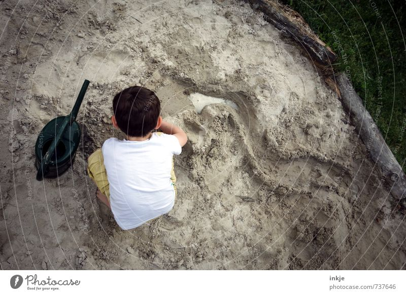 Human being Child Vacation & Travel Water Joy Life Emotions Boy (child) Playing Sand Head Leisure and hobbies Infancy Back Creativity Discover