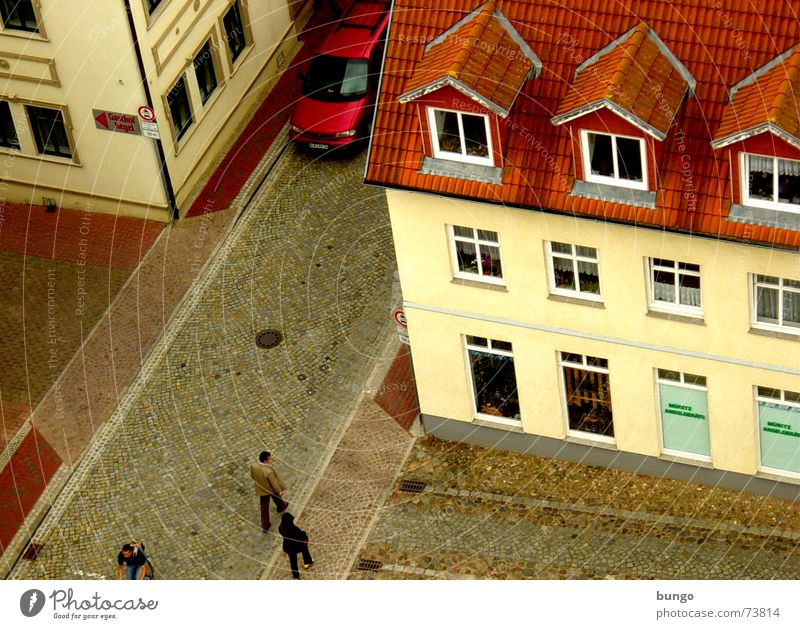 Human being City Red House (Residential Structure) Yellow Street Wall (building) Window Wall (barrier) Car Brown Flat (apartment) Crazy Gloomy Roof Village