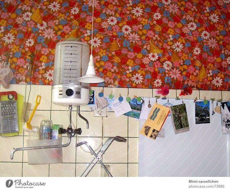 kitsch-kitchen Multicoloured Happiness Manual cooking appliances Hippie Narrow Retro Bright Interior shot Snapshot Still Life Flower Kitchen Kitsch Water