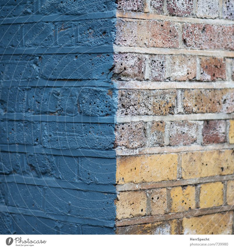 Old City House (Residential Structure) Wall (building) Dye Wall (barrier) Building Esthetic Corner Manmade structures Brick Half Raw Brick wall Painted