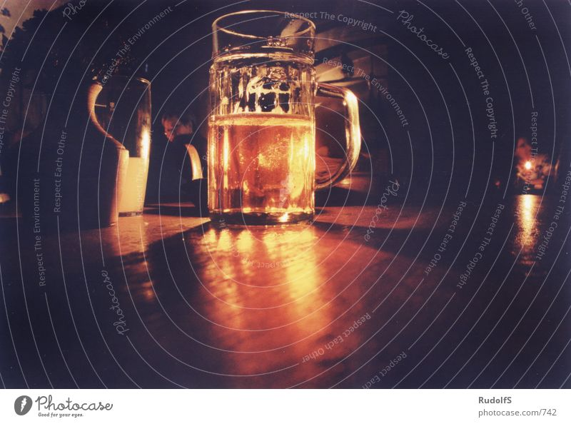 Glass Gastronomy Beer Glass Roadhouse Photographic technology Tavern Beer glass Beer mug