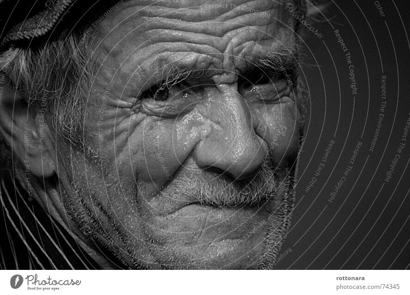 Man Face Senior citizen Eyes Life Emotions Sadness Time Grief Portrait photograph Fatigue Facial hair Farmer Wrinkles Past Human being