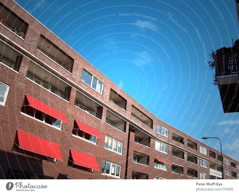 Sky Blue City House (Residential Structure) Street Flat (apartment) Facade Brick Prefab construction Town house (City: Block of flats) Sun blind