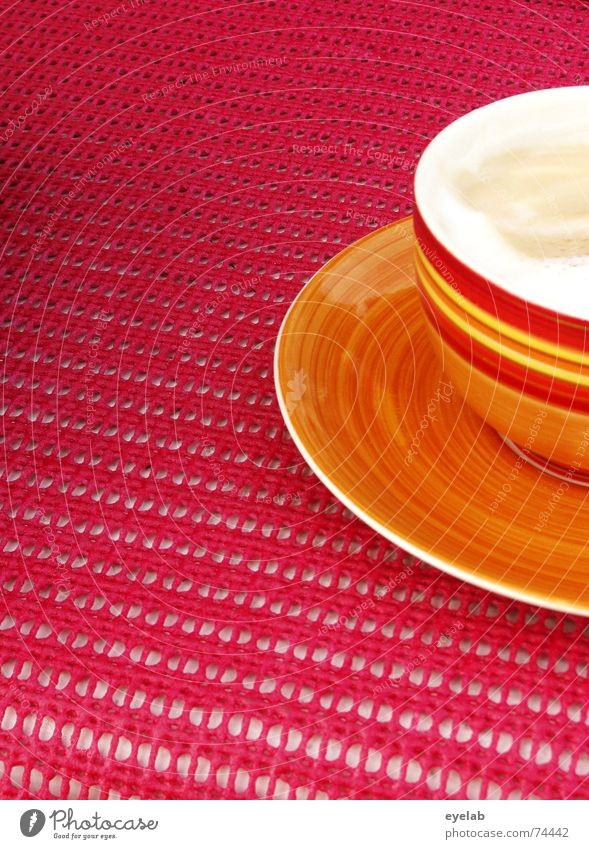 Luigi´s 5min Tureen Cup Red Pink Yellow White Cream Table Summer Italy Vacation & Travel Break Soup Tasteless coffee cappuccino Wooden board oil Orange outside