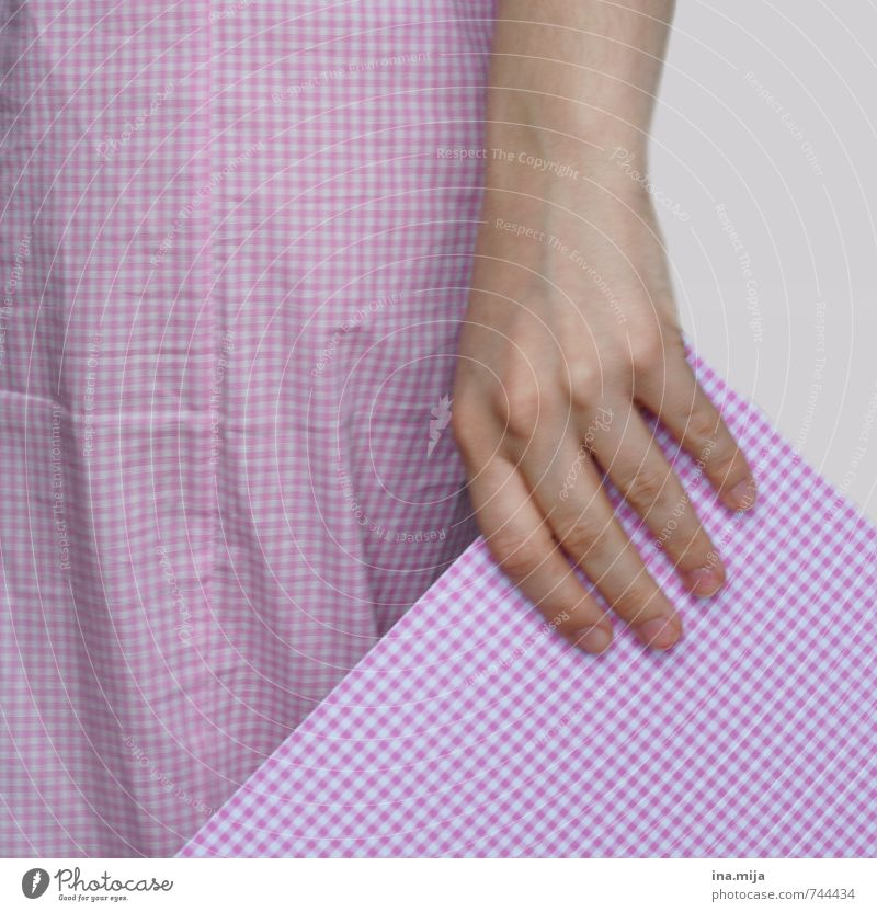 pink checked pattern Hand 1 Human being 13 - 18 years Child Youth (Young adults) 18 - 30 years Adults 30 - 45 years Cloth Pink Checkered White Equal Pattern