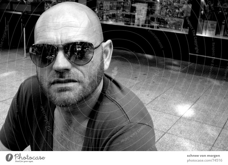 bugged Man Eyeglasses Sunglasses Light Reflection Facial hair Bald or shaved head Black & white photo v-cutout Looking Human being Cool (slang) tiled floor