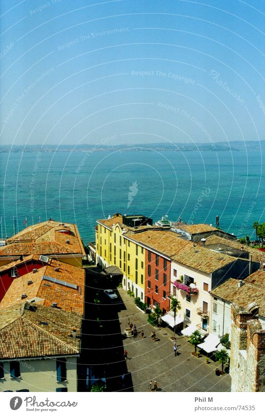Water Sky Blue Summer Calm Street Colour Lamp Relaxation Lake Warmth Europe Roof Italy Physics Harmonious