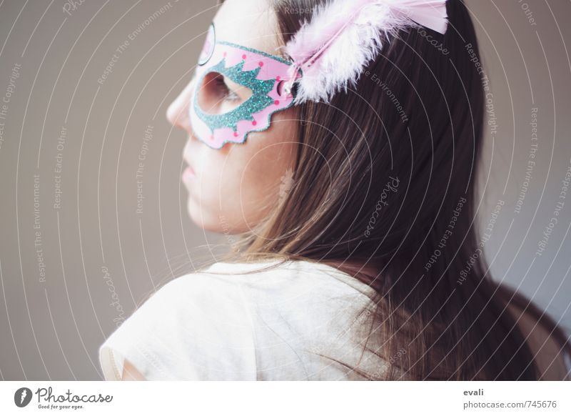 Human being Woman Child Youth (Young adults) Young woman 18 - 30 years Adults Face Feminine Hair and hairstyles Pink Wait 13 - 18 years Observe Mask Hide