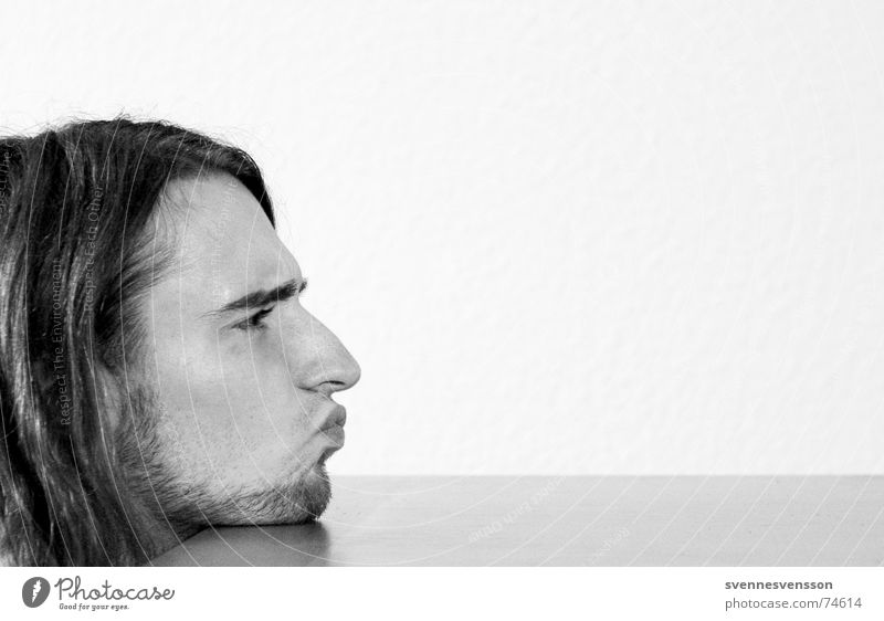 The horror of the Pittiplatsch Facial hair Silhouette Tabletop Wallpaper Human being Hair and hairstyles Profile Nose Mouth Table edge