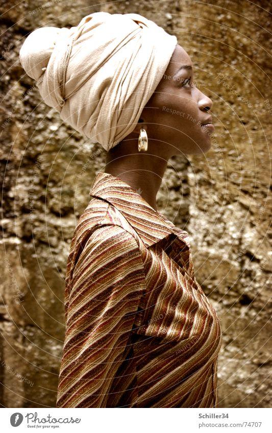 nahida Woman Lady Model Beauty Photography Africa Africans Turban Headscarf Shirt Silhouette Portrait photograph Beautiful Brown Earring Stone Profile