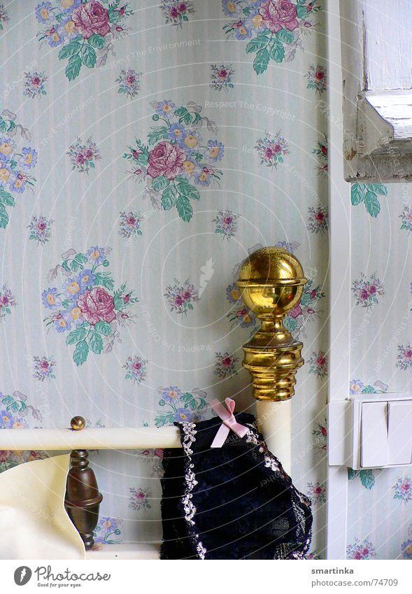 Bon jour chérie IV. Good morning Hotel room France Wake up Bed Brass Wallpaper Time Romance Underwear Bedroom chérie chérie comment ça va? chambre d'hôtel