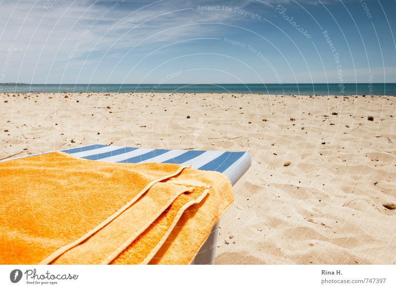 early season Vacation & Travel Tourism Sun Beach Ocean Elements Sky Clouds Horizon Beautiful weather Blue Yellow White Contentment Joie de vivre (Vitality)