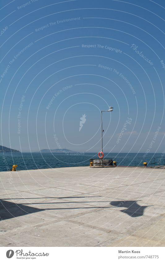Sky Vacation & Travel Blue Water Summer Ocean Landscape Animal Gray Freedom Watercraft Island Beautiful weather Harbour Lantern Navigation