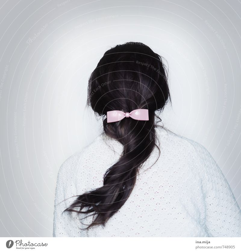 Human being Woman Child Youth (Young adults) Young woman 18 - 30 years Adults Hair and hairstyles Fashion Pink 13 - 18 years Back Clothing Delicate Jewellery