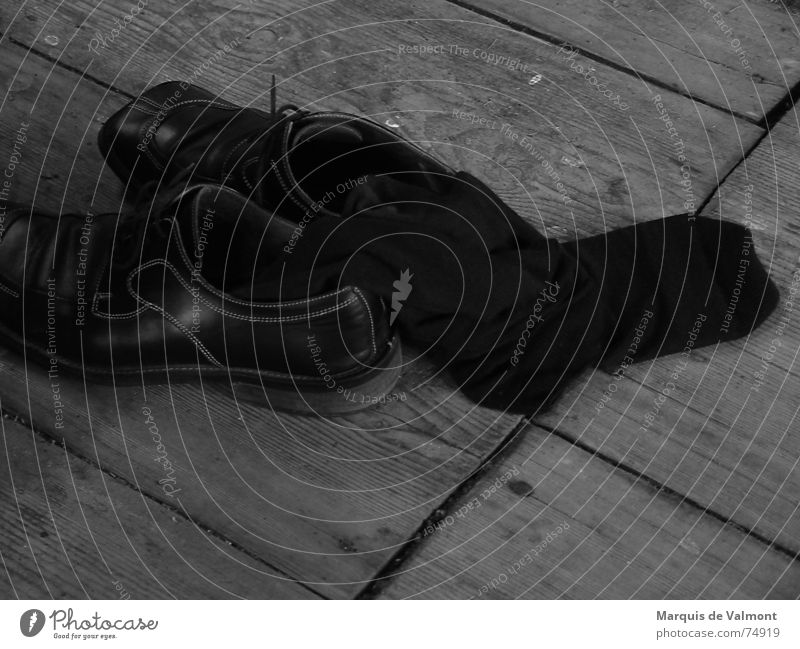 Old Black Dark Footwear Glittering Dirty Clothing Gloomy Floor covering Bathroom Division Stockings Wooden board Seam Furrow Leather