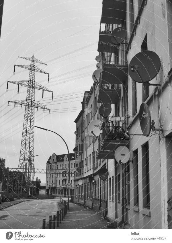 White Black House (Residential Structure) Street Architecture Gray Building Power Flat (apartment) Facade Energy industry Electricity Hamburg Living or residing