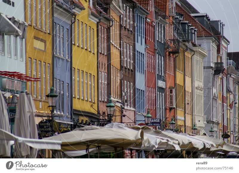 Nyhavn Copenhagen Denmark Building House (Residential Structure) Moody Tradition Exterior shot Old town Colour Architecture