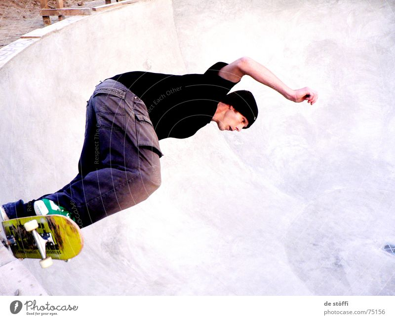 Man Joy Yellow Movement Air Contentment Concrete New Driving Swimming pool Desire Skateboarding Concentrate Cap The Ruhr Guy