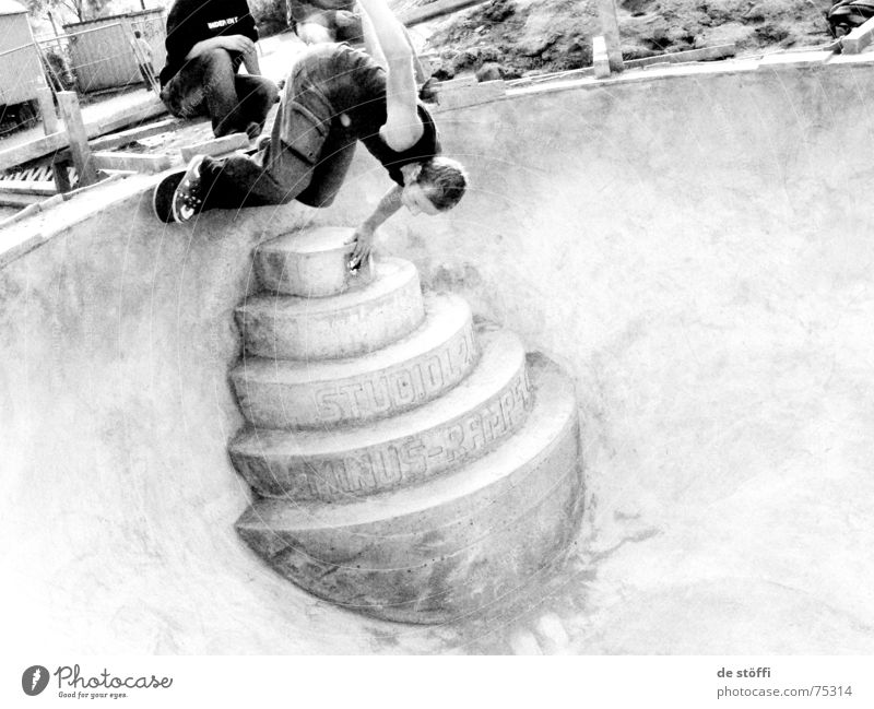 Man Joy Yellow Movement Air Contentment Concrete Stairs New Driving Swimming pool Desire Concentrate Cap Skateboarding Guy