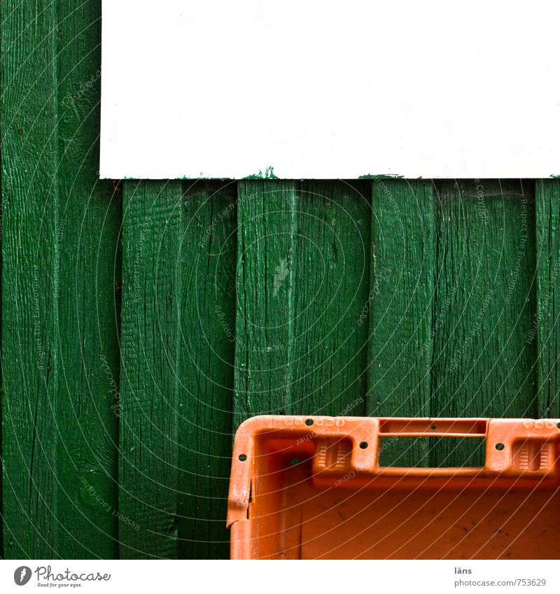 Green White House (Residential Structure) Wood Orange Signs and labeling Plastic Sharp-edged Crate Fishery Striped Wooden wall Fisherman Ahlbeck Fishermans hut