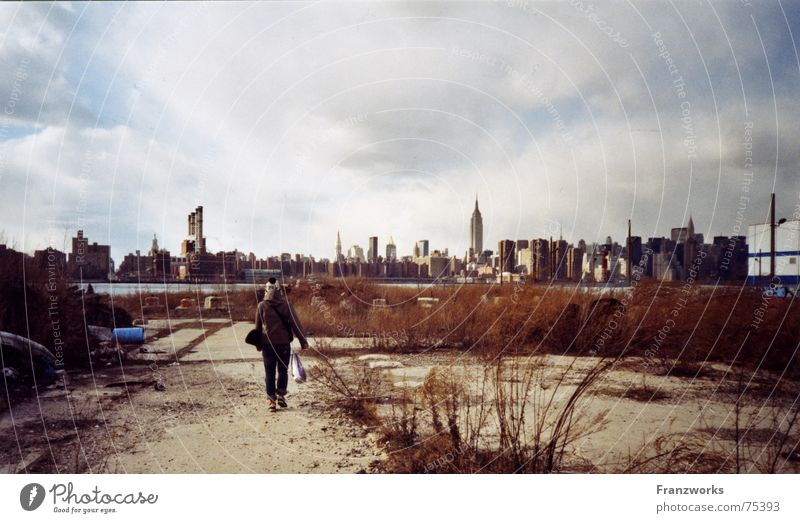 Winter Clouds Loneliness Cold Gray River Skyline Converse New York City In transit Ghetto Sports ground