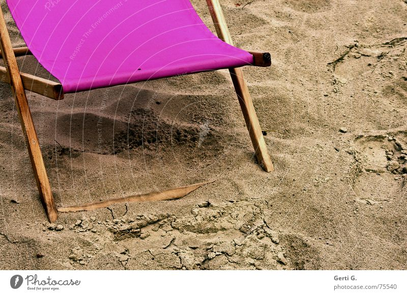 Vacation & Travel Ocean Summer Beach Playing Sand Rain Weather Pink Dirty Fly Wet Chair Beautiful weather Seasons Seating
