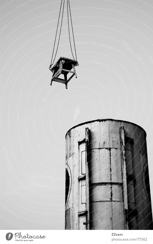 hung up sw Hang Table Construction site Silo Keg Bird's-eye view Hover Industrial Photography crane Rope Chain industrial desk Sky Black & white photo