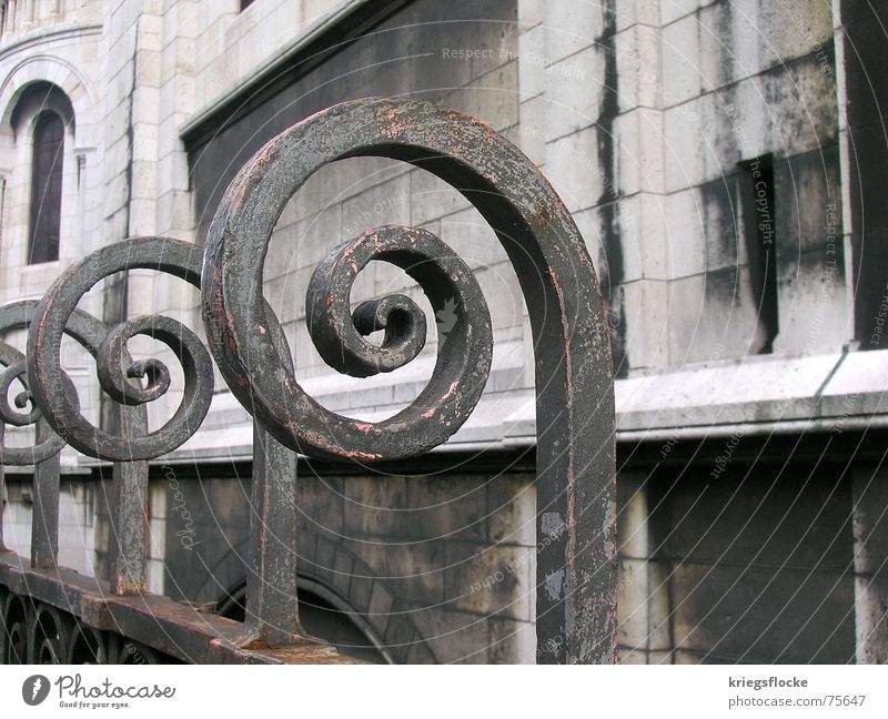 *curl* Circle Iron Fence Sacré-Coeur France Paris Rust Detail Religion and faith