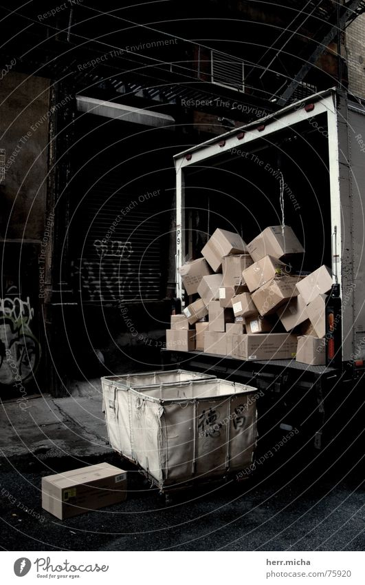 Dirty Arrangement Gloomy Truck Chaos Loudspeaker Cardboard Crate Backyard York New York City Diffuse Soho